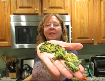 Jen with kale chips